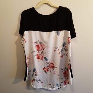 Dreagal Tops - Womens criss cross neckline t-shirt (floral) XXL